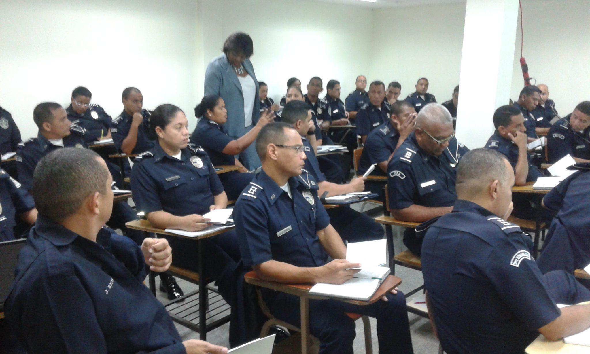 Tica del servidor p blico policial procuradur a de la for Oficina policia nacional