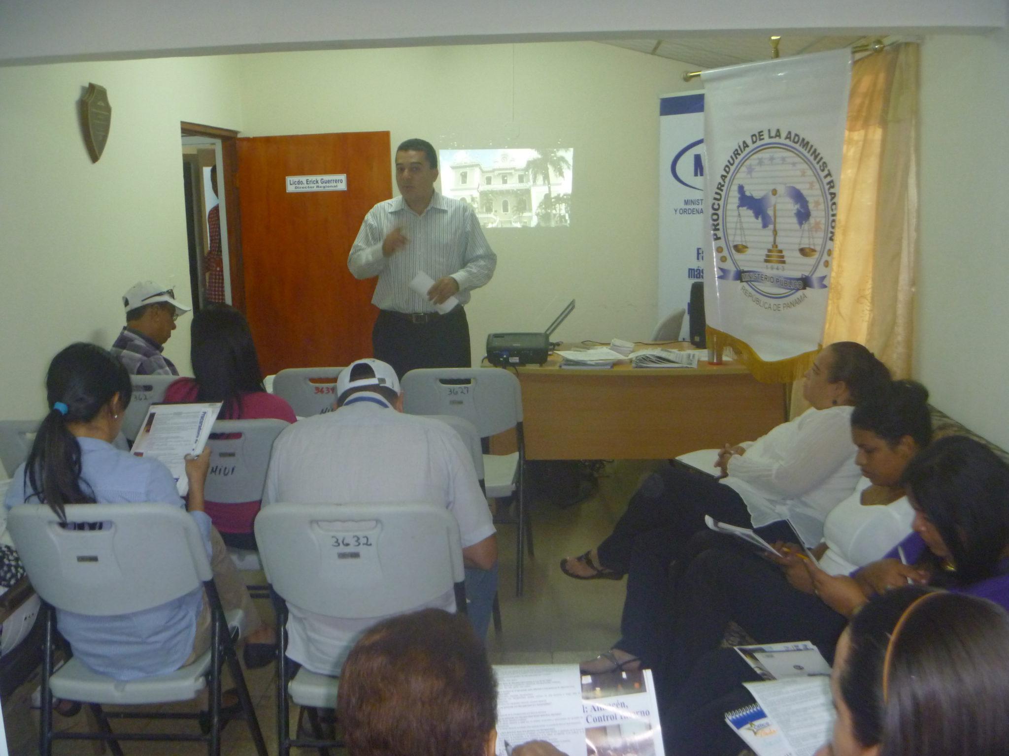 Seminario taller en el Ministerio de Vivienda y Ordenamiento Territorial de la provincia de Herrera