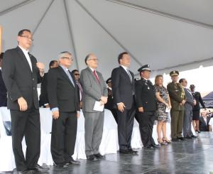 Procurador asiste a la ceremonia de graduación de la Escuela de Oficiales de Policía