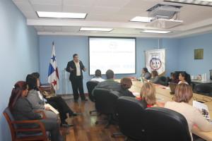 """Colaboradores del Registro Público de Panamá participan del seminario-taller sobre """"Ética del Gerente Público"""""""