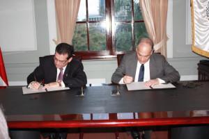 Procuraduría de la Administración y la Fiscalía de Cuentas firman convenio