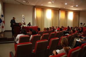 Conversatorio con los Asesores Legales del Estado