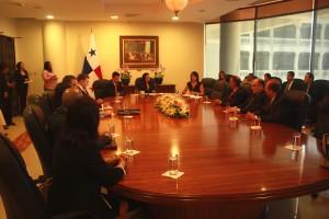 Reunión sobre el  Fortalecimiento de la Legislación Anti-Soborno de Panamá