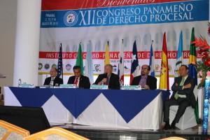Procurador diserta en el XII Congreso de Derecho Procesal