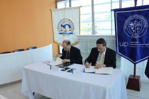 Firma de convenio entre la Procuraduría de la Administración y la Universidad Interamericana de Panamá