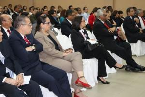 """""""La Interpretación Constitucional y Precedente Judicial"""""""
