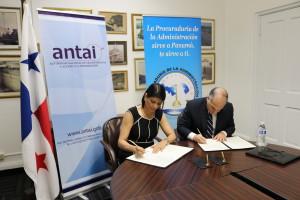 Firma de convenio entre la Procuraduría de la Administración y ANTAI