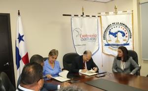 Firma de convenio entre la Procuraduría de la Administración y la Defensoría del Pueblo