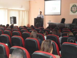 Seminario dirigido a colaboradores encargados del recurso humano de instituciones públicas