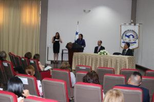 Acto de graduación de diplomados virtuales