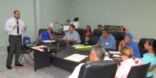 Estrategia para el proceso de descentralización de la administración pública municipal
