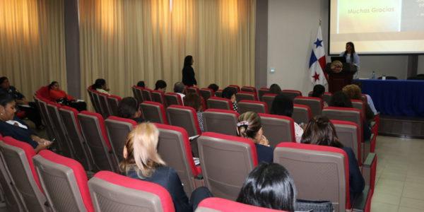 Conferencia: Trabajo Social, promoviendo comunidades y entornos sostenibles