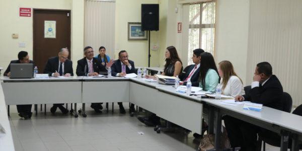 MIDES presenta ante los comisionados anteproyecto de ley que crea el SPINNA