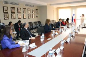 Reunión de coordinación para el proceso de creación de la Escuela de Administración Pública