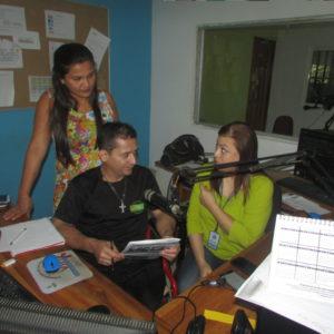 Entrevista en la emisora Voz Sin Fronteras 99.9 F.M