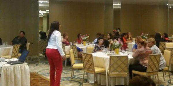 Conferencia: Empoderamiento de la mujer y desarrollo profesional