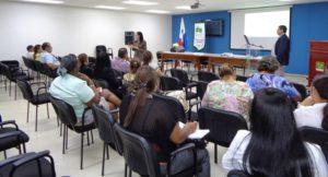Capacitan a servidores públicos del distrito de Santa María, provincia de Herrera