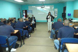 """Conversatorio sobre """"Ética Profesional: Impacto en la Administración Pública"""""""
