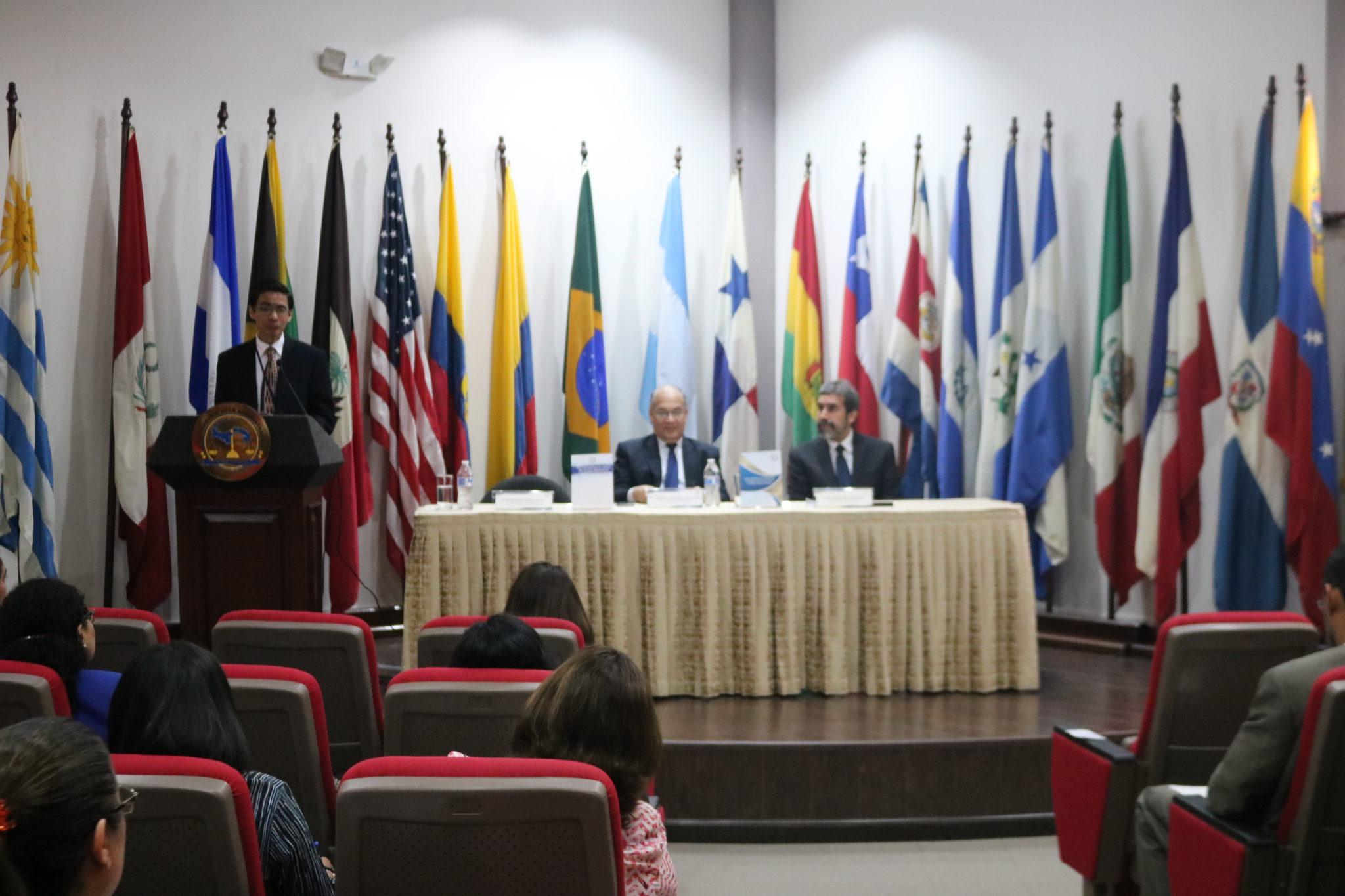 Procuraduría de la Administración presenta dos obras sobre Derechos Humanos