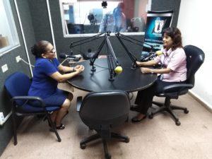 El CMC de David visita la  Radio Estéreo  Universidad