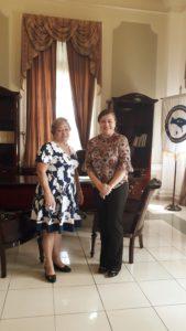 Reunión sobre gestión pública con la Gobernadora de la provincia de Panamá
