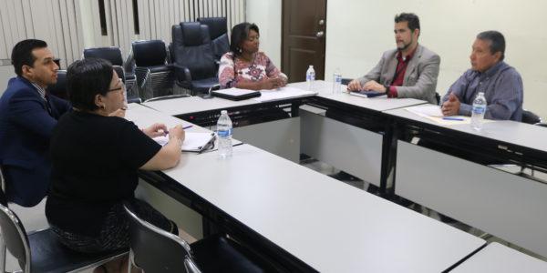 Reunión de coordinación con personal del Centros de Estudios Democráticos del Tribunal Electoral
