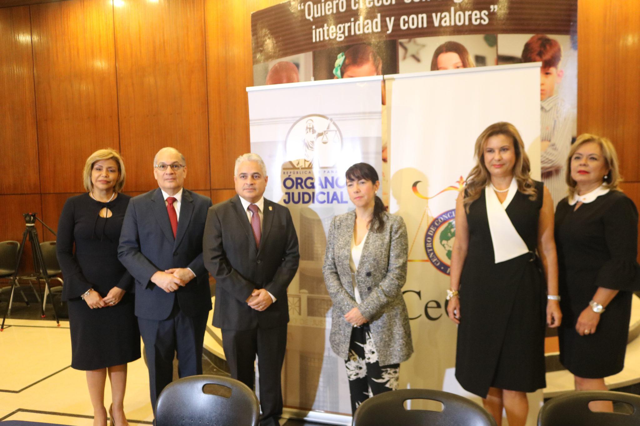 Procurador de la administración participa en taller para líneas de acción sobre Métodos de Resolución de Conflictos