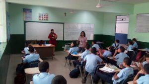 Estudiantes del  Colegio Francisco Morazán reciben información sobre mediación