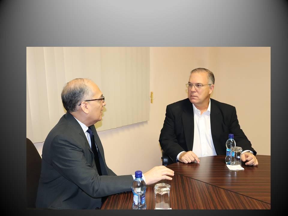 Procurador se reúne con alcalde electo del distrito capital