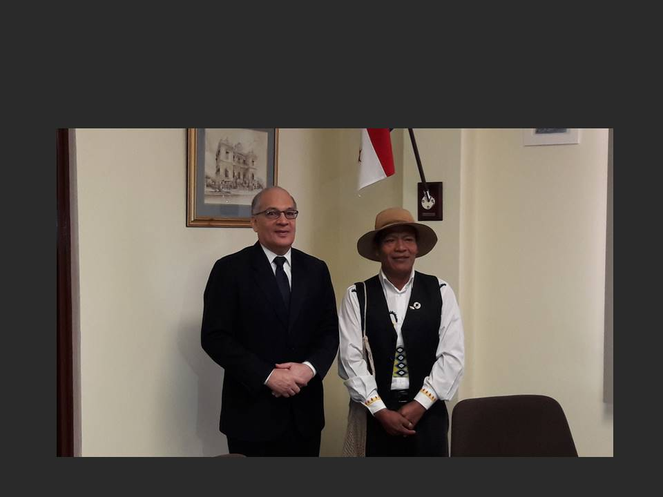 Representantes de pueblos originarios acuden a la Procuraduría de la Administración