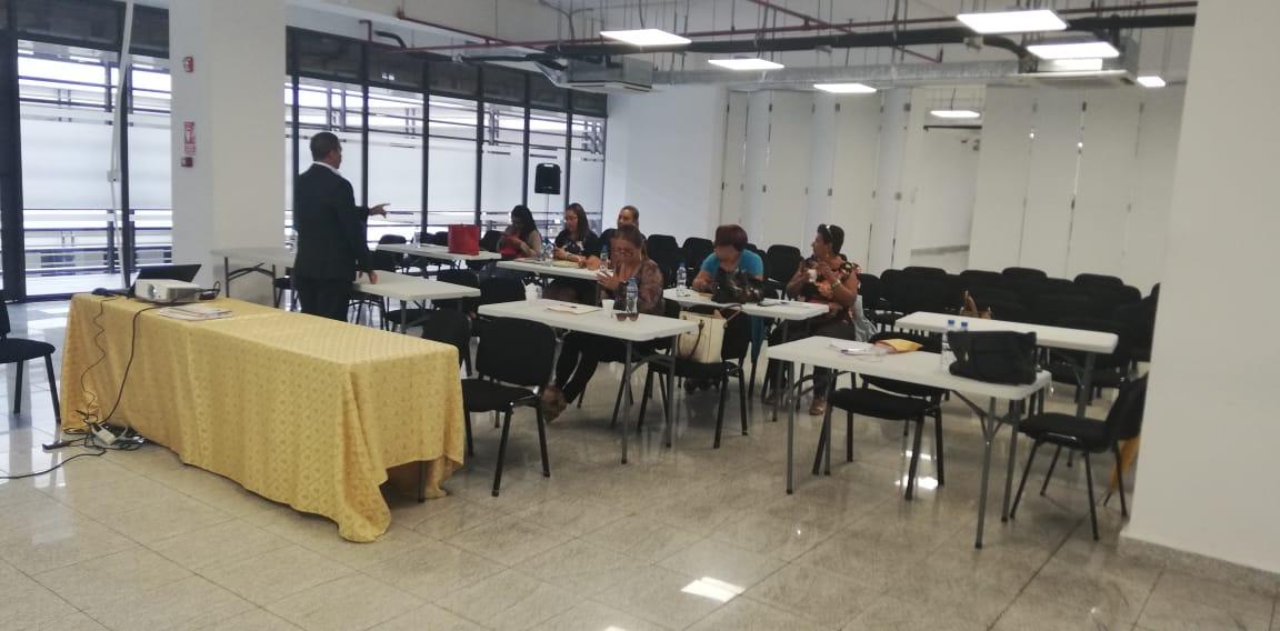 Temas del curso de inducción: La Jurisdicción Coactiva en el ámbito Municipal y La Contratación Pública