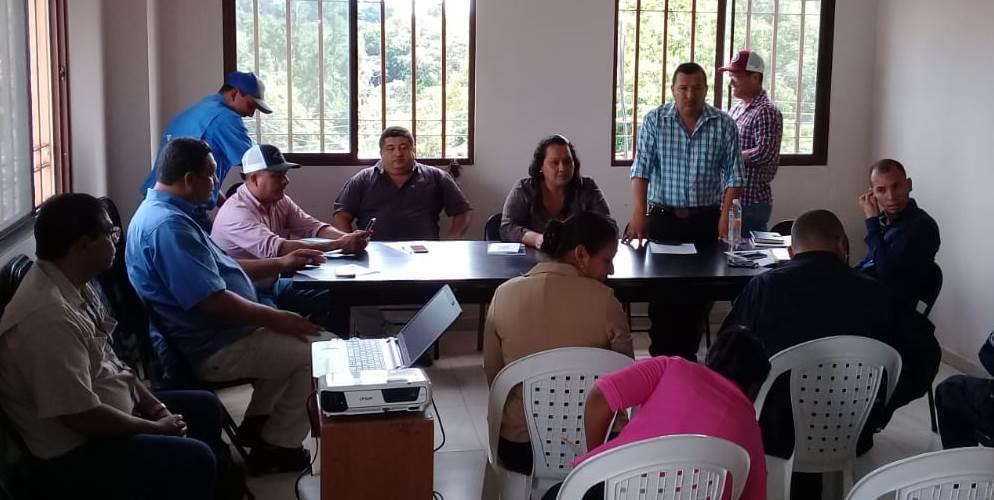 La Secretaría de Asuntos Municipales de Veraguas brinda asistencia técnica  al Consejo Municipal  del distrito  de Las Minas