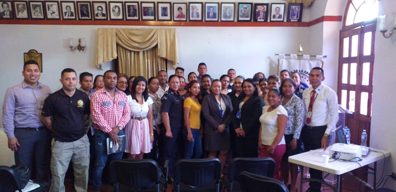 Mediación comunitaria busca la paz rechaza la violencia
