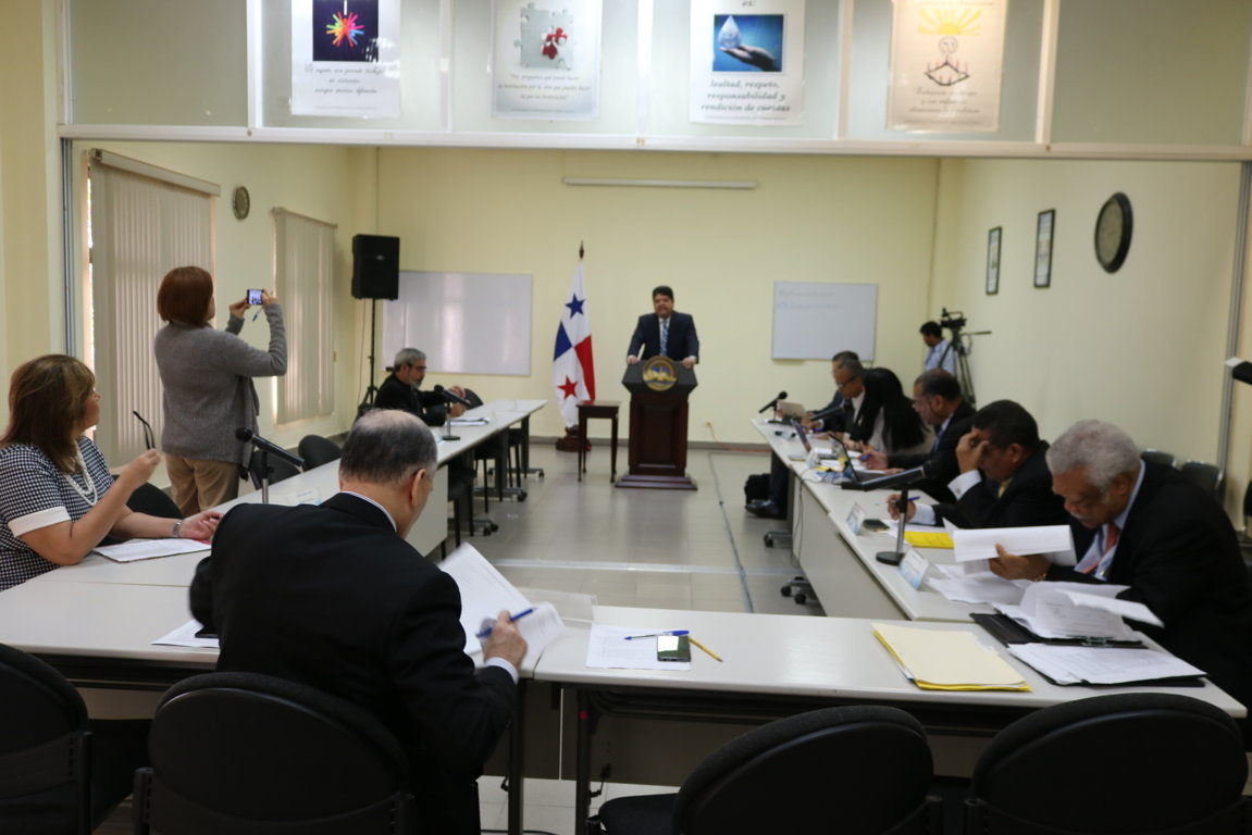 29 aspirantes ha sido entrevistados para ocupar el cargo de magistrados y suplentes de la CSJ