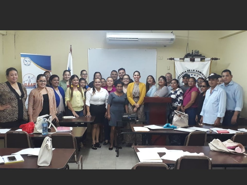Certificación a 30 mediadores comunitarios en Veraguas