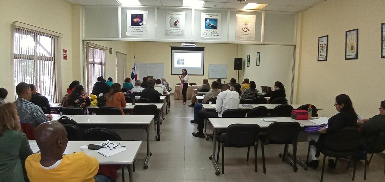 Más de 400 aspirantes a jueces de paz capacitados en curso de formación inicial