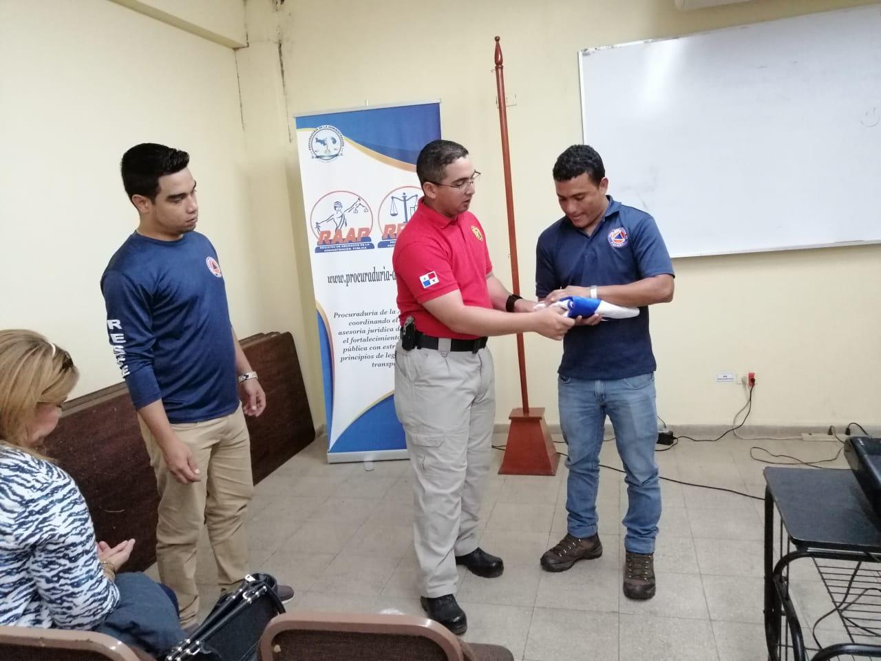 Procuraduría capacita en Veraguas sobre uso correcto de los símbolos patrios