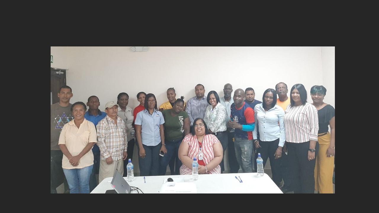 Fortalecen valores éticos de servidores públicos del INADEH en Colón