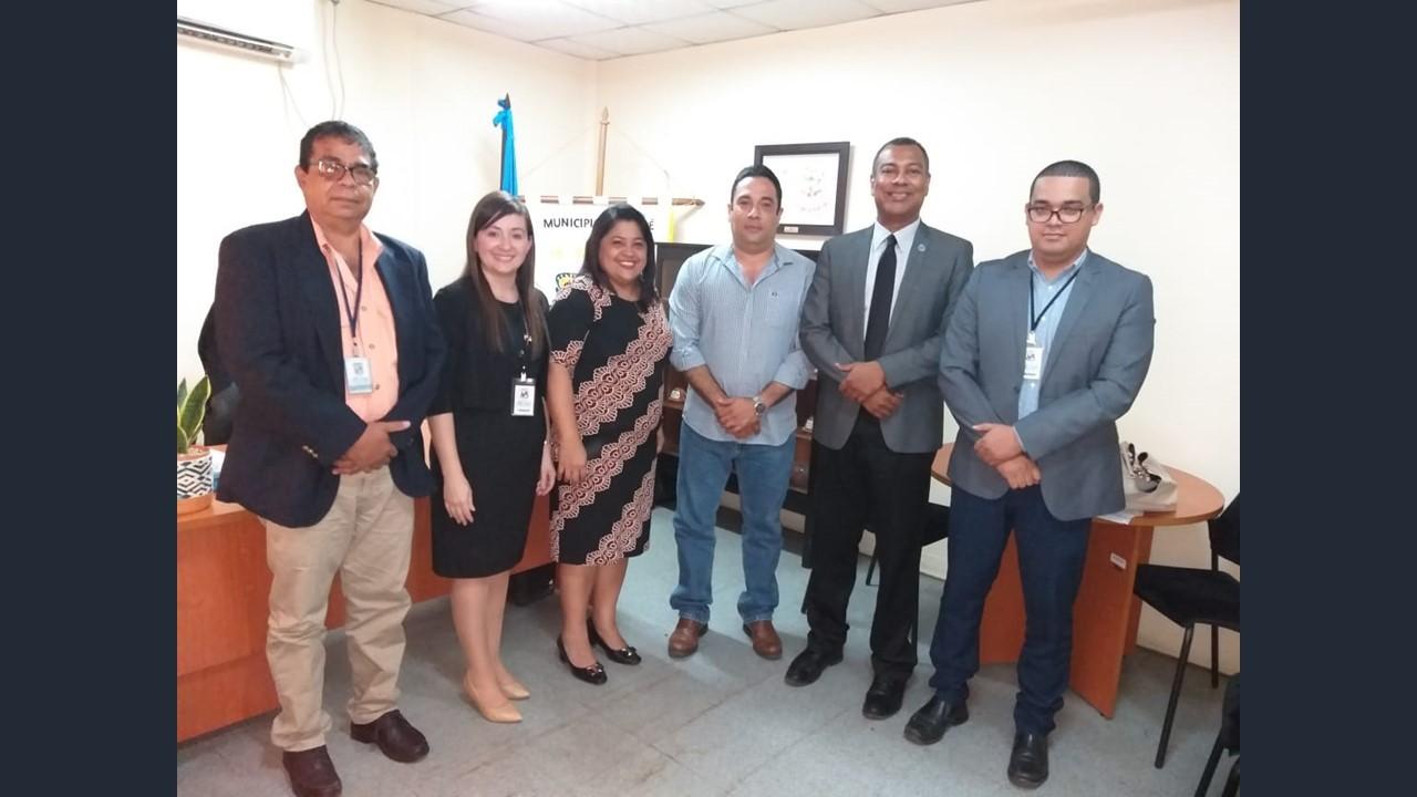 Gira de Procuraduría de la Administra abarcó reunión con alcalde chitreano sobre tema de vertedero