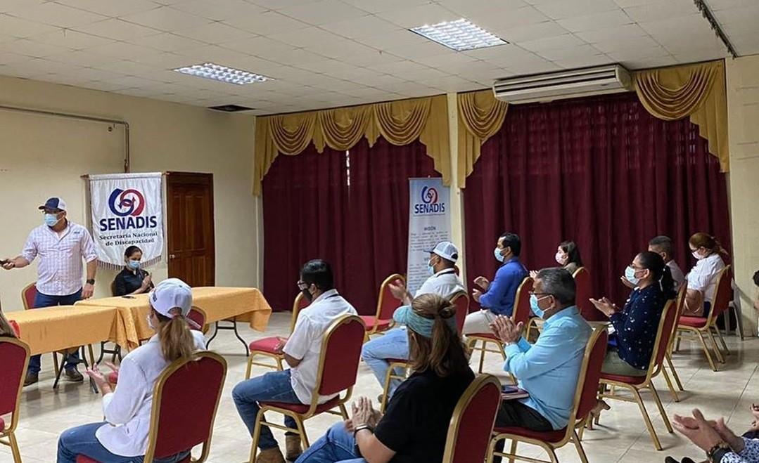 Participación de la Secretaría Provincial de Veraguas en reunión convocada por SENADIS