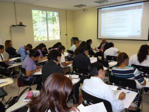 Lee más sobre el artículo Culmina el Seminario Virtual de Redacción de documentos institucionales