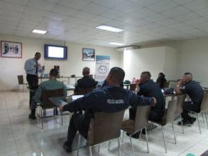 Lee más sobre el artículo Seminario dirigido a servidores públicos de la Policía Nacional sobre la  mediación y manejo de conflictos