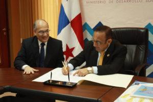 Lee más sobre el artículo MIDES firma la carta de compromiso de la RIEP