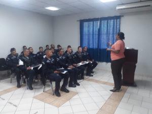 Lee más sobre el artículo Zona Policial de Panamá Este se capacita sobre el Marco Regulatorio de la Ley 16 de 17 de junio de 2016