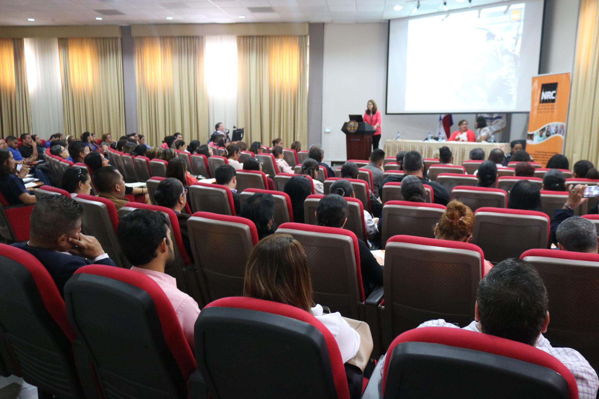 Lee más sobre el artículo Conferencia: Grupos vulnerables, sus derechos humanos en el siglo XXI